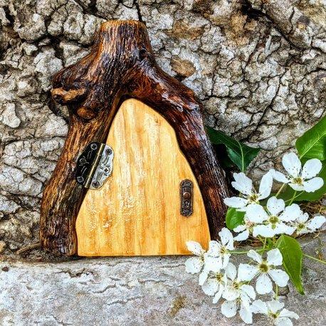 Natural Wood Fairy Door8