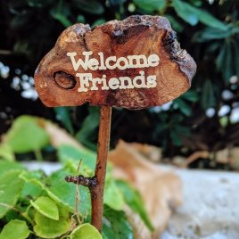 Welcome Friends Miniature Garden Sign