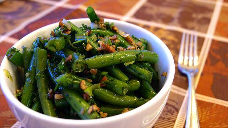 Green Bean Salad with Pecans