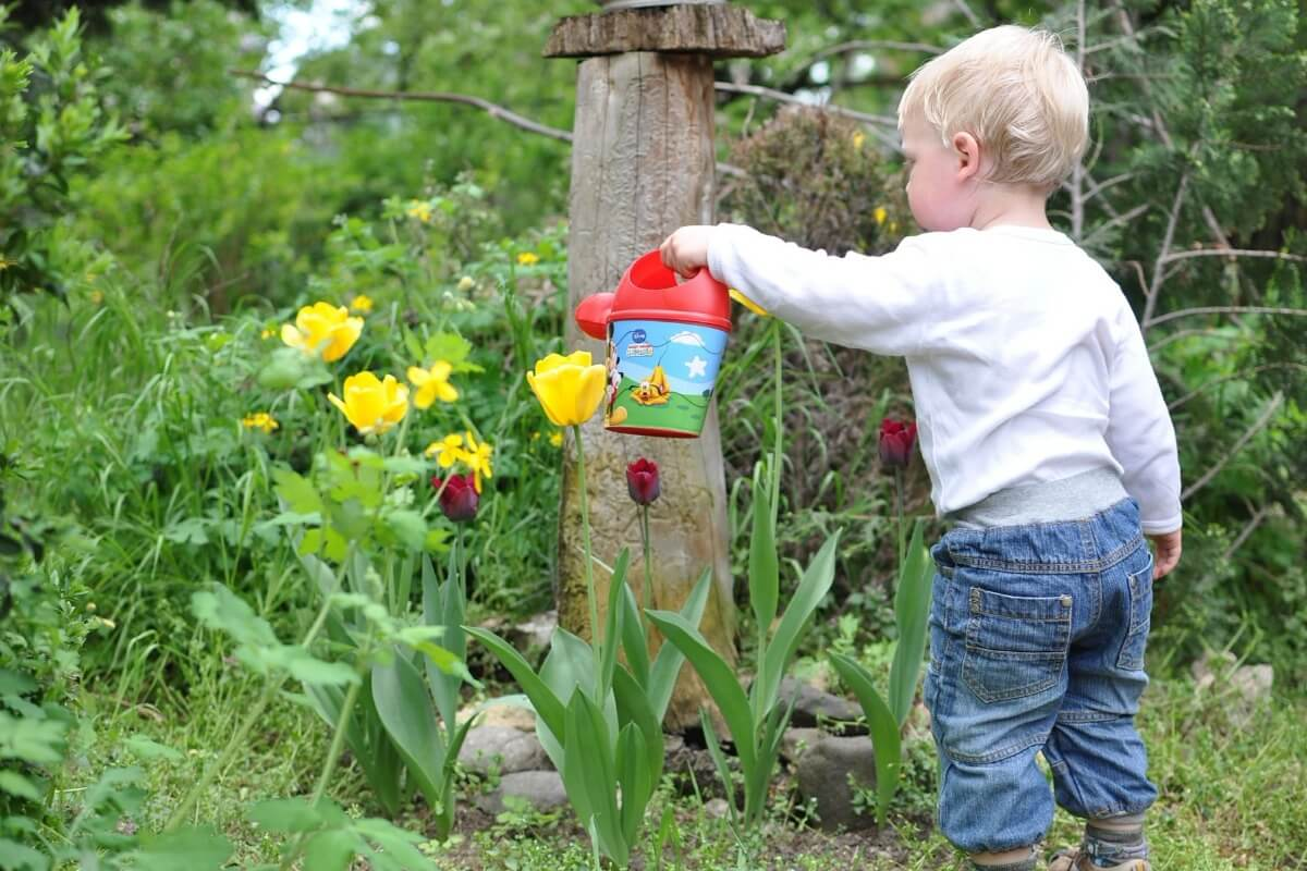 Favorite Spring Songs for Kids - Sprouting Kindness