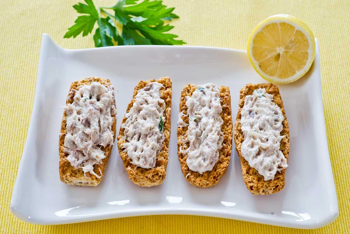 Mackerel Pâté on Krisprolls
