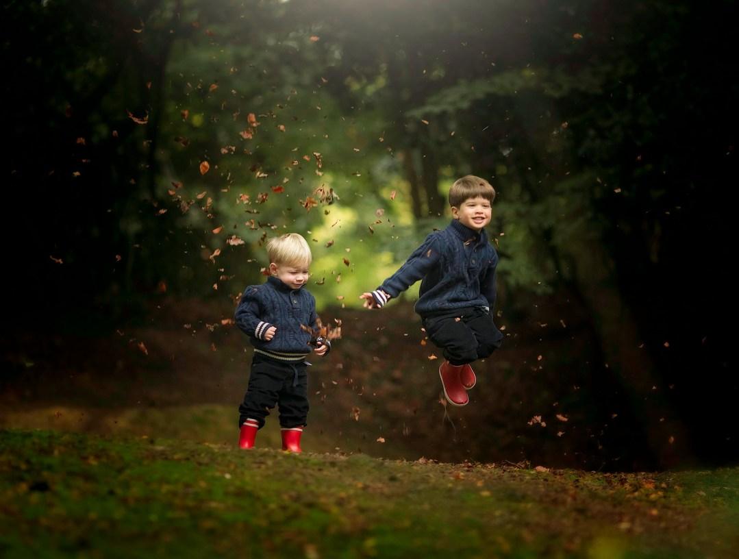 boys-jumping
