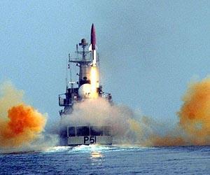 https://i2.wp.com/www.spxdaily.com/images-lg/dhanush-short-range-ballistic-missile-india-lg.jpg