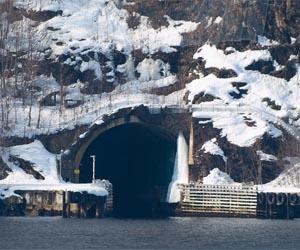 https://i2.wp.com/www.spxdaily.com/images-lg/olavsvern-naval-base-lg.jpg