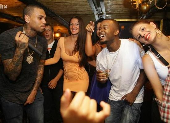 chris-brown-at-hacienda-night-club-sarajevo-beyond-gossip