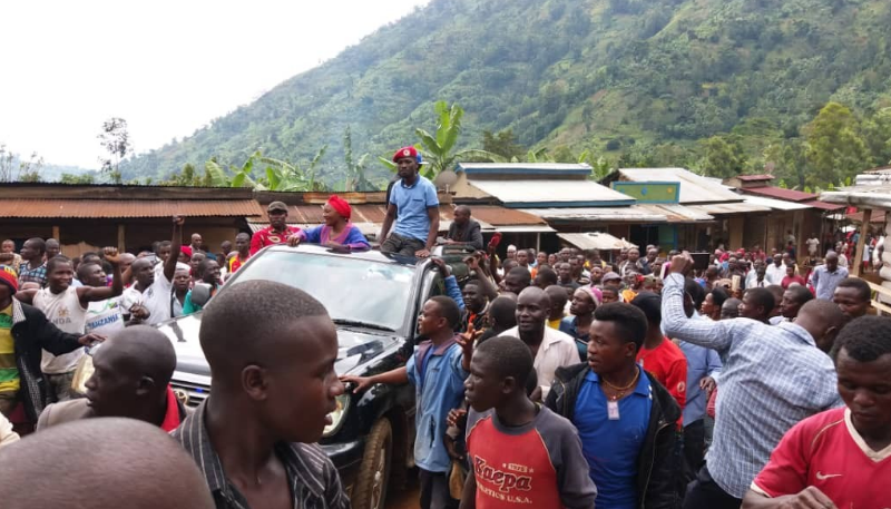 Video: Bobi Wine Donates Mattresses To Bududa Mudslide Survivors