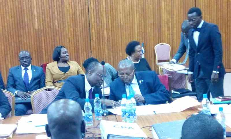 MPs Warn Panicky Governor Mutebile, Kasekende To Prepare Their Blankets To Luzira If They Don't Produce Sold Banks Docs To COSASE On Monday!