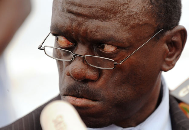 Continue Giving Museveni Illegal Debts, Time is Coming, We shall Not Pay Them Back – Besigye Warns China
