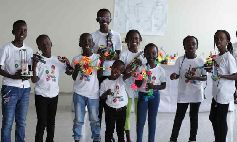 Gov't Pledges Support For Israeli Tech. Targeting To Skill UG Children