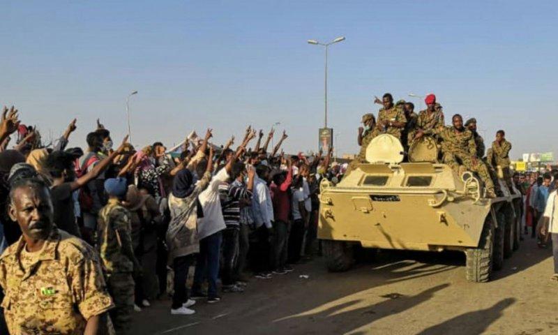 Sudan Army, Opposition Leaders Strike Power Sharing Deal
