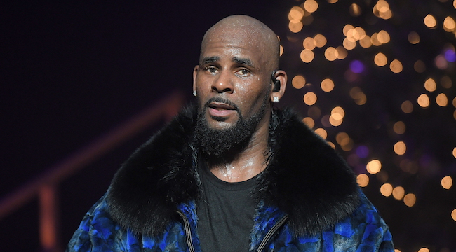 R. Kelly Judgment Withdrawn Because He Can't Read