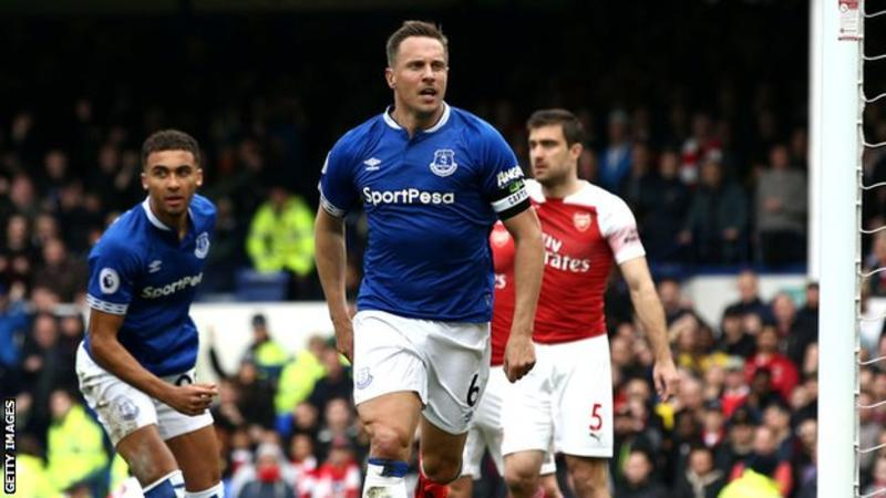 Everton Captain Phil To Leave Club After 12 Years