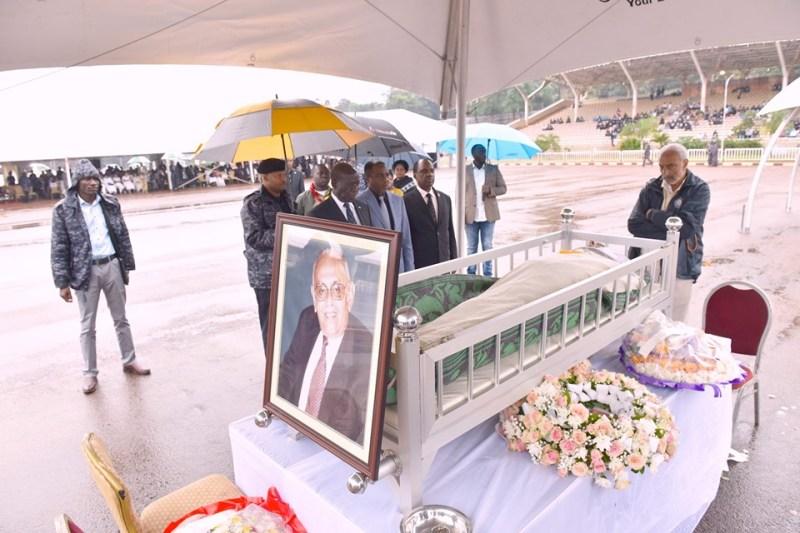 Hundreds Pay Last Respects To Fallen Tycoon Amirali Karmali