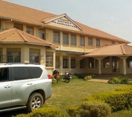 Trouble As Kabarole CAO Withholds District Staff Salaries Over Missing Shs410M