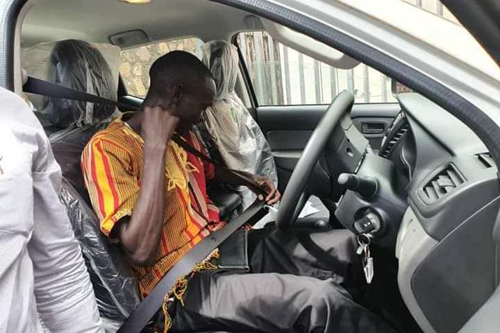 M7 Gifts Cheptegei With New  Ride For Winning Gold At IAAF
