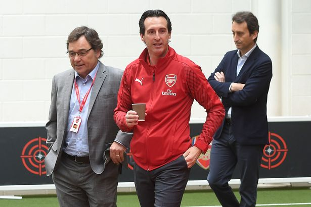Unai Emery 'Cornered By Arsenal Chiefs For Crisis Talks' In Emirates Tunnel After Draw