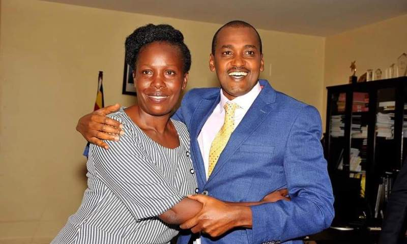Min.Tumwebaze Peacefully,Officially Hands Over ICT Office To New Minister Nabakooba