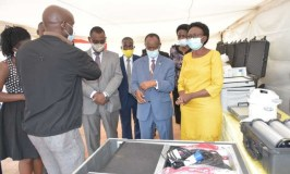 COVID-19: EAC Donates To Uganda Mobile Laboratories,Vehicles As Cases Hit 1000
