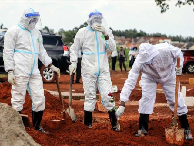 Uganda Registers 11 COVID-19 Deaths As Cases Rise To 1353