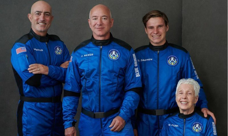 Satisfied With Earth: World's Billionaire Jeff Bezos Into Space Technology Now, Flies To Sky Aboard New Shepard Rocket Ship