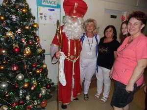 Św. Mikołaj w oddziale pediatrycznym