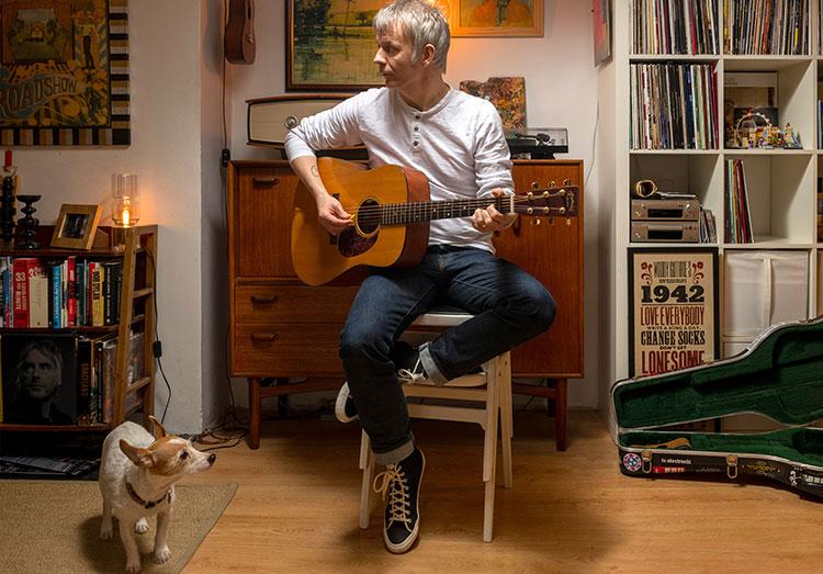jamie freeman playing guitar