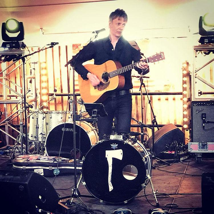 jamie freeman playing live