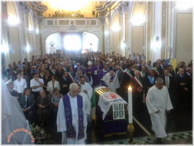 funerali guido mantella3