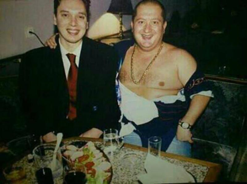 Панић и Вучић су још од раније били блиски пријатељи.