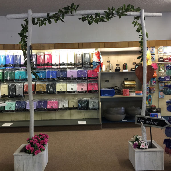 arch-white-tree-in-store