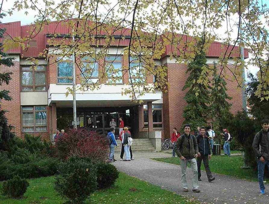 Karlovačka škola na udaru inspekcije zbog učenika upisanih ispod bodovnog praga