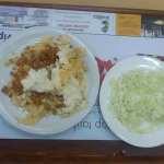 Lazanje i kupus salata