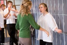 Sve je više nasilnika u razredima, ne poštuju ni roditelje ni nastavnike
