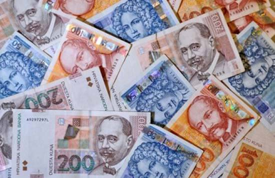 Komentar: Velike kompanije prostituiraju blagdane za dolar više