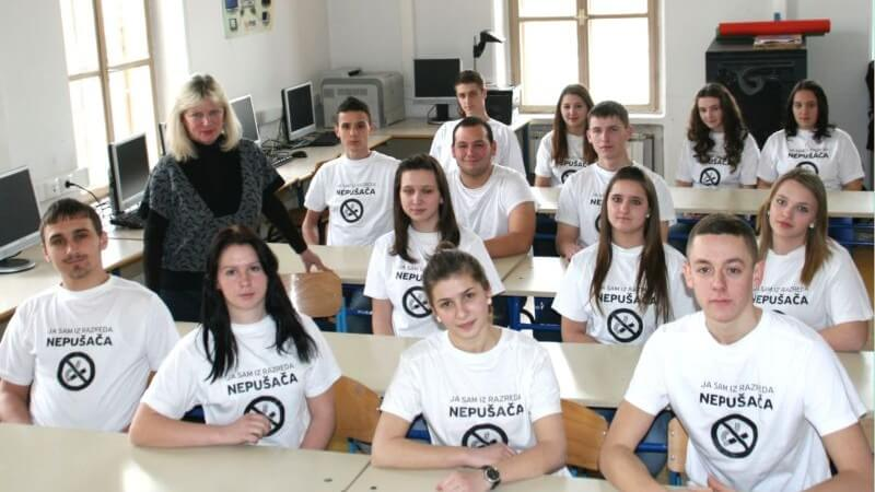 Srednjoškolci u Pitomači dobili status 'Razreda nepušača'