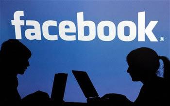 Zašto većina ljudi nakon prekida ostavlja bivše među prijateljima na Facebooku