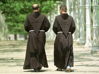 Karlovački maturanti se za norijadu htjeli odjenuti u fratre, glavni fratar se pobunio