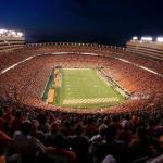 University of Tennessee at Knoxville, Neyland stadium - 104 079 sjedećih mjesta