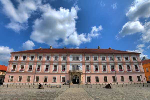 Elektotehnički fakultet Osijek mijenja naziv i studijske programe