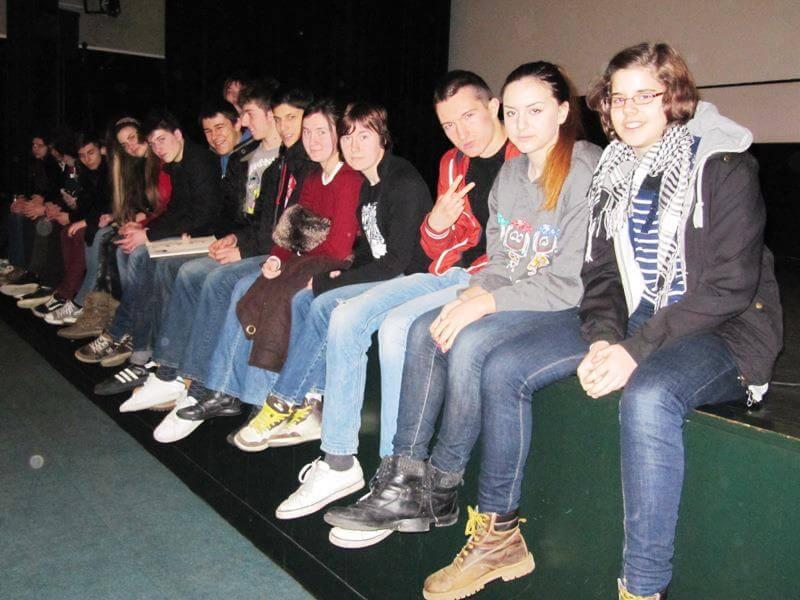 Učenici iz pet gimnazija okupirali Tuškanac na eksperimentalnoj nastavi filma