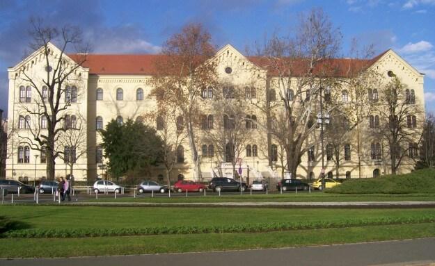 Otkrili smo još jedan zagrebački fakultet koji krši isti zakon zbog kojeg je raspušten zbor Filozofskog