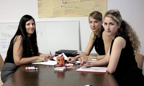 Studentice iz Pule pokrenule uspješnu tvrtku za izvlačenje novca iz EU fondova
