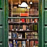 U londonskoj ulici Bloomsbury knjižara je uređena u klasičnom stilu