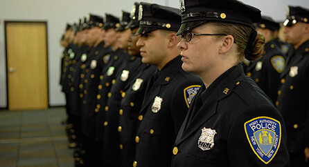 Zanimanje policajac: Nije nužno da imaju položen vozački ispit