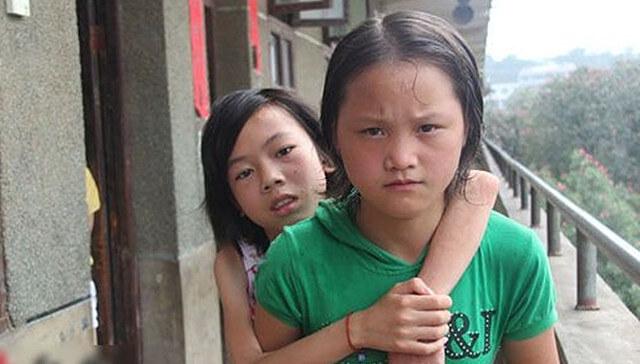 Trinaestogodišnjakinja je svoju najbolju prijateljicu nosila u školu pune tri godine