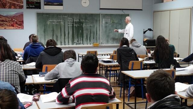Hrvatski nastavnici i učitelji po jednoj su stvari daleko bolji od kolega u Europskoj uniji