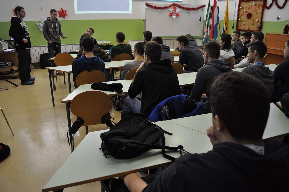 Studenti FER-a, FSB-a i TVZ-a maturantima predstavili tajne svojih fakulteta