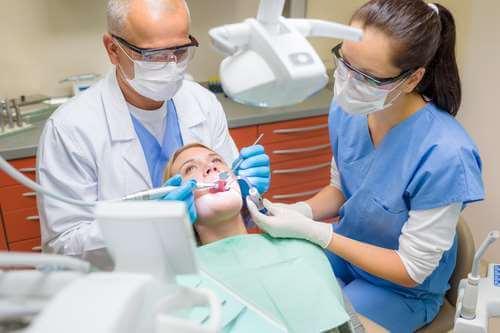 Božić prije Božića: Ministarstvo zdravlja nakon dugih 7 mjeseci deblokiralo dentalne asistente
