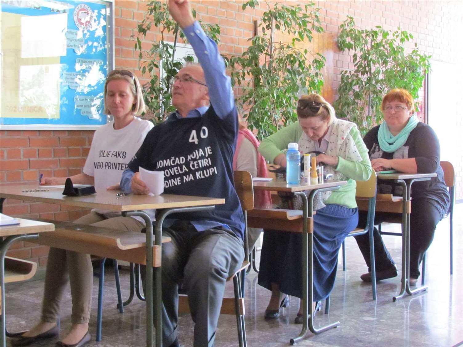 U strogoj tajnosti, profesori Gimnazije Sesvete za norijadu maturantima napravili predstavu