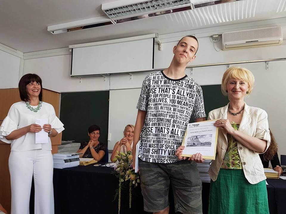 Knjige, sportski rekviziti, novac i putovanja: Doznajte koliko je učenika od svoje škole lani dobilo nagradu